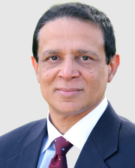 "Mentor & Advisor [socialwrap align=""center""] [socialicon name=""linkedin"" url=""https://www.linkedin.com/in/farhatali/"" ][/socialicon] [/socialwrap]  Farhat Ali is a former president & chief executive officer of Fujitsu America. Farhat Ali is TiE Charter Member, founder and advisor of multiple startups, and founding member of CTO Forum. Farhat graduated summa cum laude from Princeton University with a Bachelor of Science degree in electrical engineering and computer science. He obtained a master of business administration from Harvard Business School."